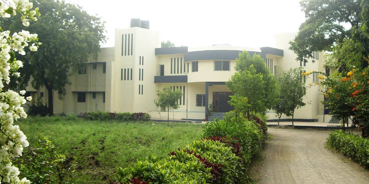 27-Schwesternschule