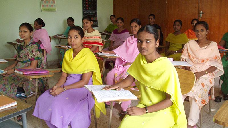 Beim Unterricht in der Schwesternschule